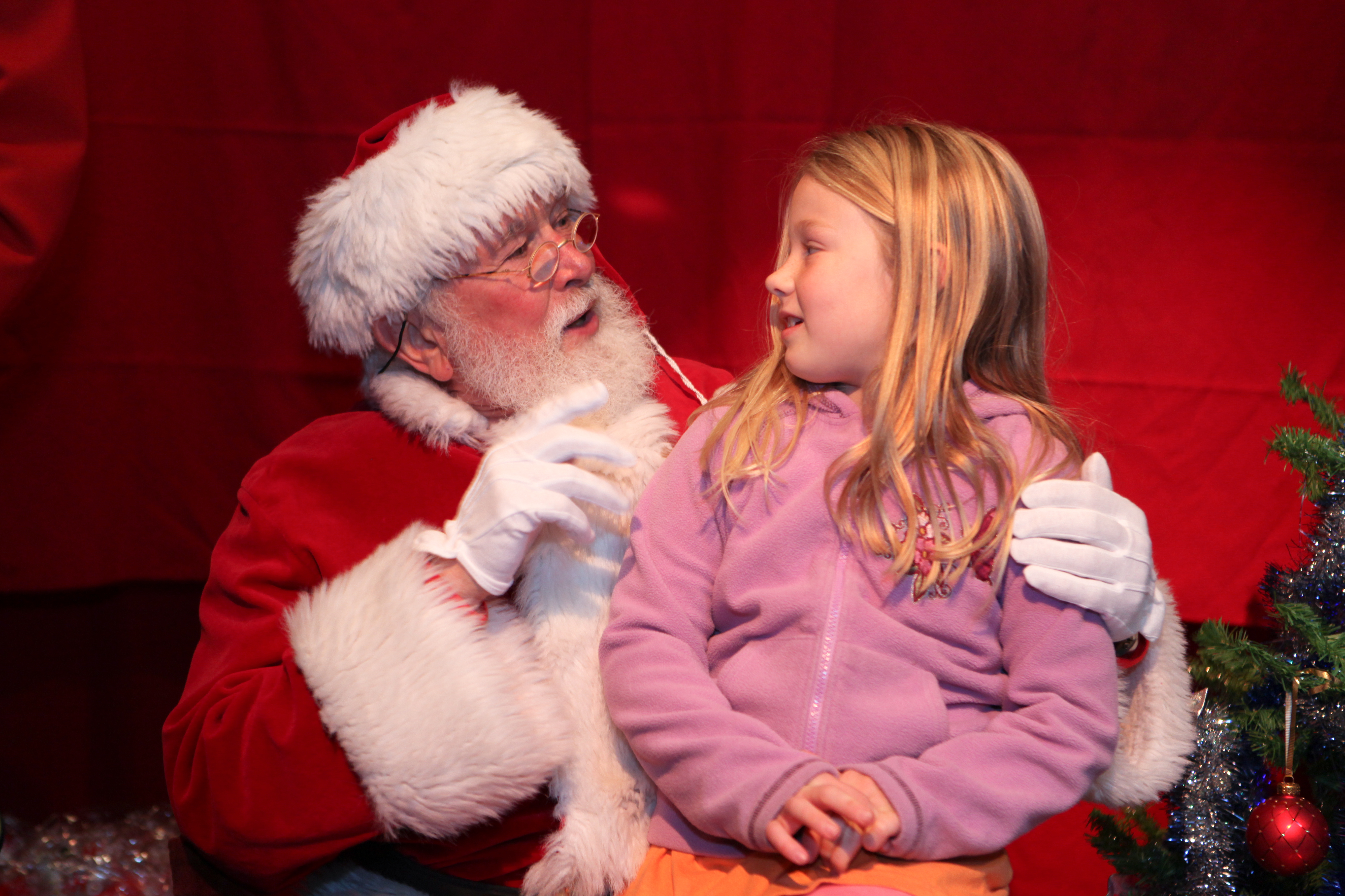 santa claus meets little girl - Santa Claus With Kids